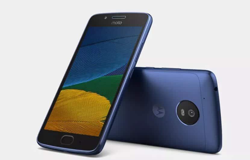 Moto G5 Blau, Bild: Lenovo